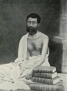 Śrīla Bhaktisiddhānta Sarasvatī Ṭhākura Prabhupāda as a brahmacārī